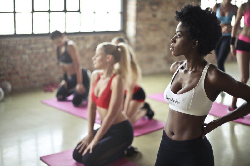 太ももストレッチで痩せやすく健康的な身体を作ろう!